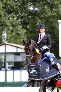 opi1- Emmelie Scholtens met Astrix (Large)