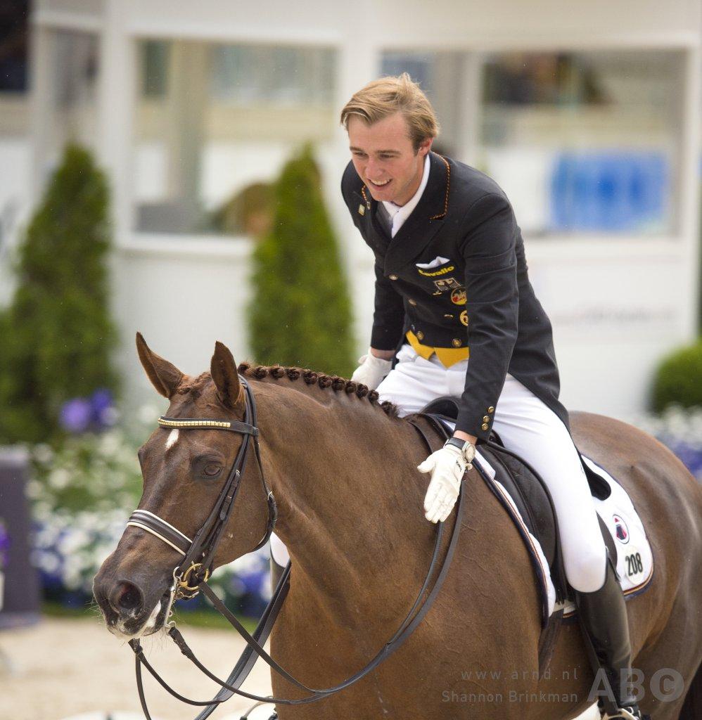 Sönke Rothenberger wint ook met Favourit, Aaron tweede • Horses.nl