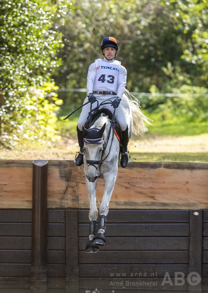 Jordy Wilken met Burry Spirit. Foto: Arnd Bronkhorst / www.arnd.nl
