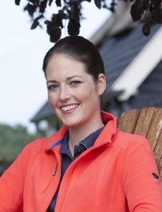 Bettine van Harselaar, hoofdredacteur Dressuur en verslaggever dressuursport