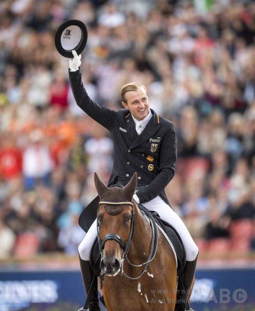 Nu live: Vragen stellen aan Sönke Rothenberger • Horses.nl
