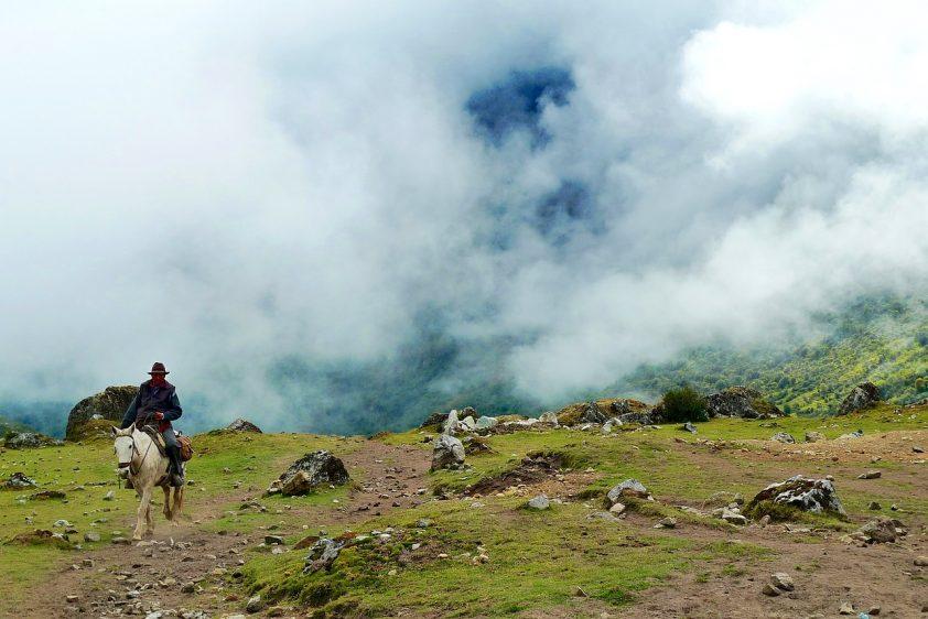Trekken door de bergen van Argentinië