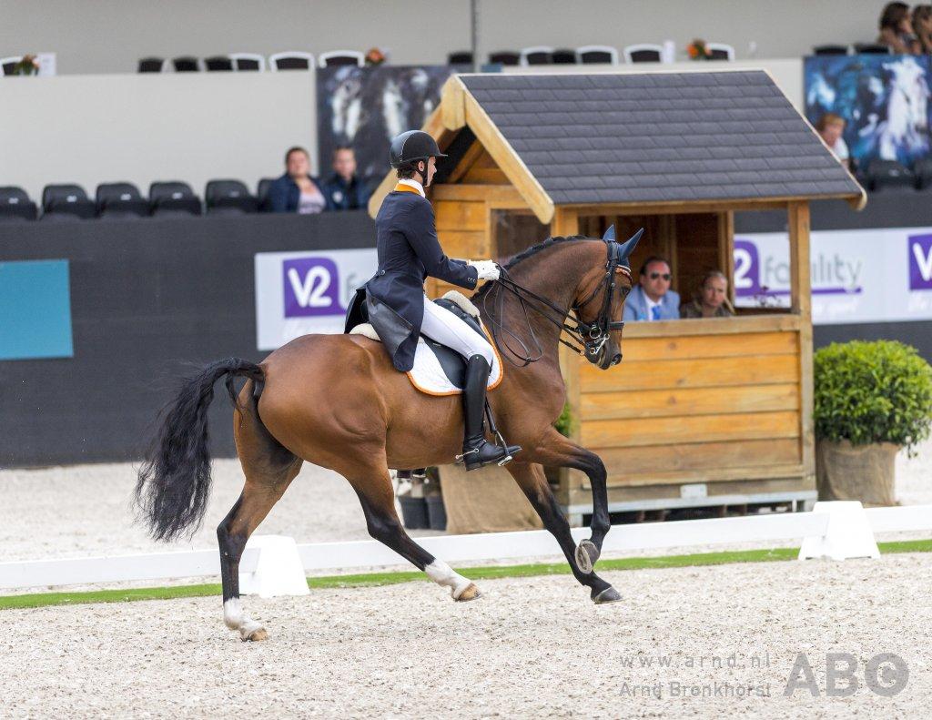 Chiel van Bedaf wint drie proeven in Oud Gastel - Horses.nl - Horses.nl